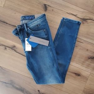 NWT Calvin Klein Sculpted Skinny Jeans